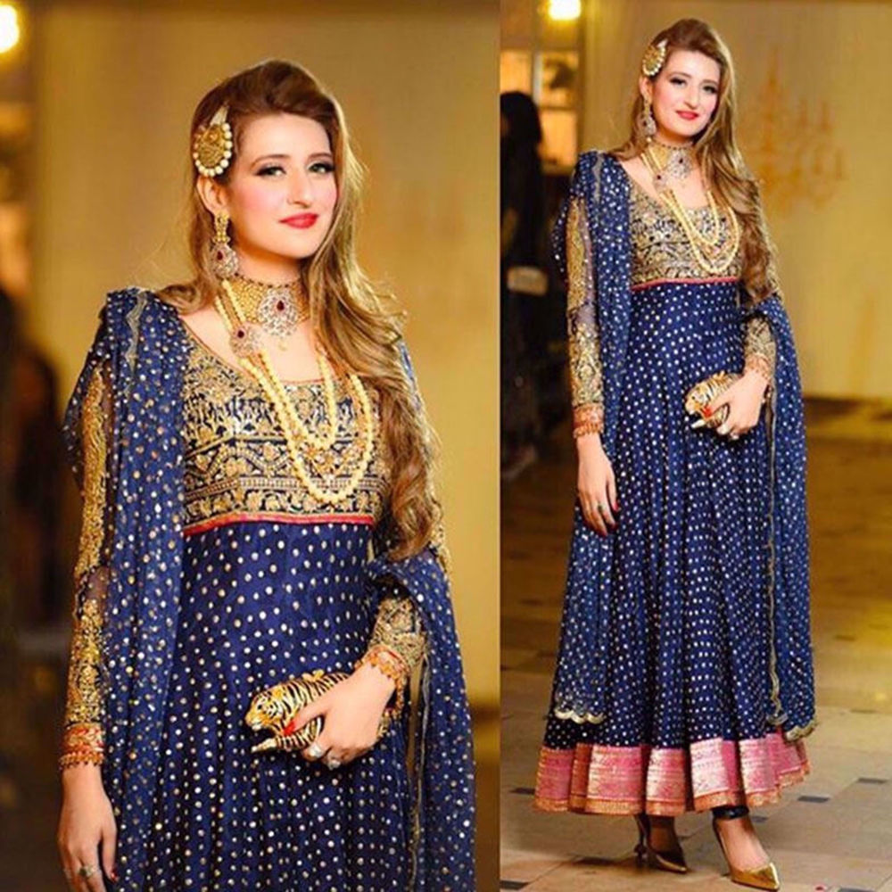 Picture of CHARISMATICCOFFFEE SPOTTED IN NOMI ANSARI AT A RECENT WEDDING