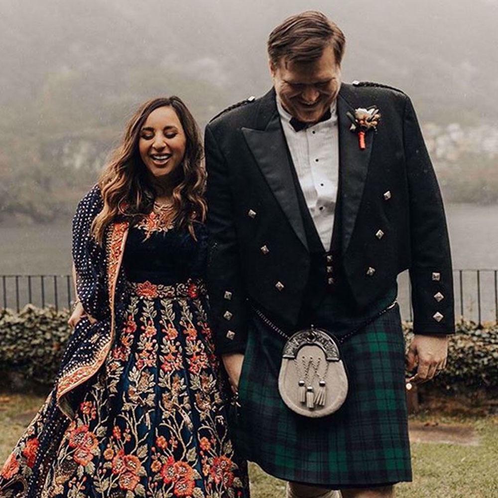 Picture of THE BEAUTIFUL BRIDE SARA ZAIDI IN A SIGNATURE NOMI ANSARI EMBROIDERED VELVET LEHENGA & CHOLI