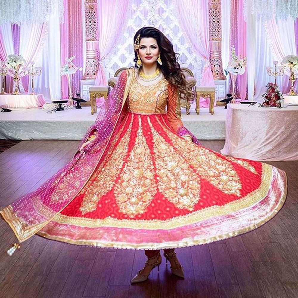 Picture of OUR CLIENT MADEEHA IQBAL LOOKING SPECTACULAR AT A WEDDING FUNCTION IN OUR SCARLET ANARKALI