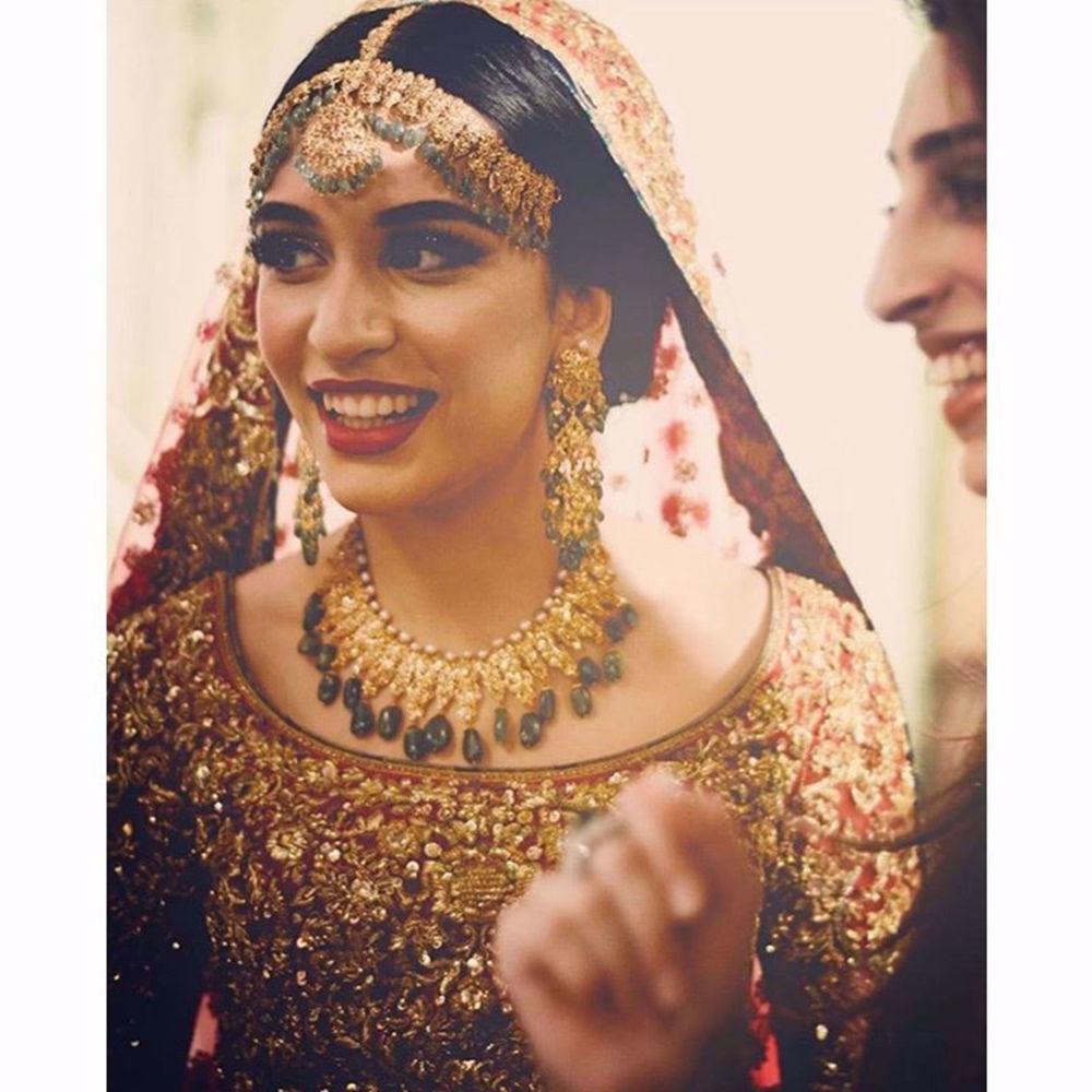 Picture of BEAUTIFUL BRIDE IN CUSTOM BRIDAL