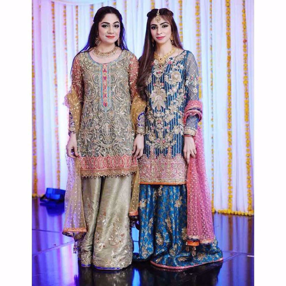 Picture of BEAUTIFUL CUSTOM OUTFITS BY NOMI ANSARI