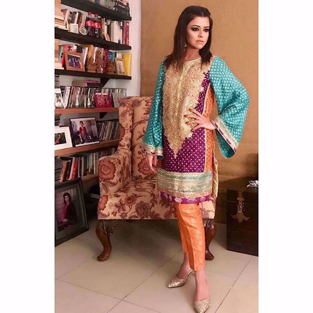 Picture of MARIA WASTI STRIKES A POSE IN SHALIMAR