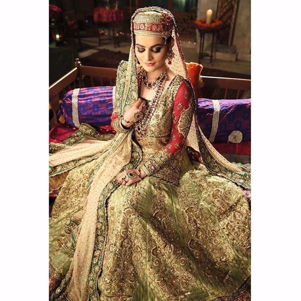 Picture of MINAL KHAN IN A CUSTOM CREATION BY NOMI ANSARI