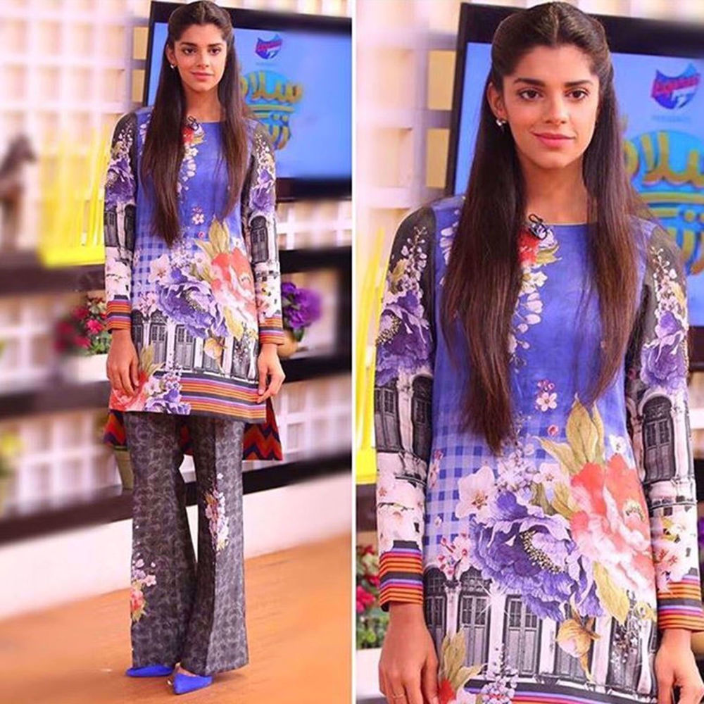 Picture of SANAM SAEED SPOTTED WEARING NOMI ANSARI