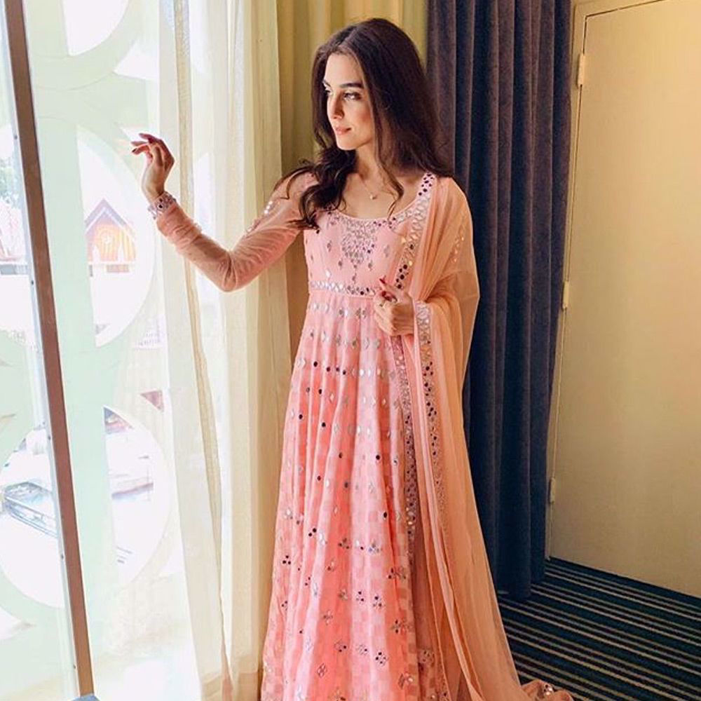 Picture of Pretty In Pink @official_mayaali