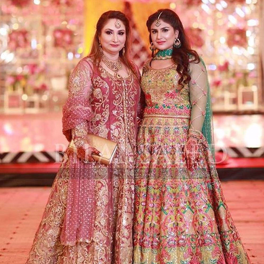 Picture of Saima Afzal and Mina Afzal carry their #NomiAnsari outfits to superior grace and elegance