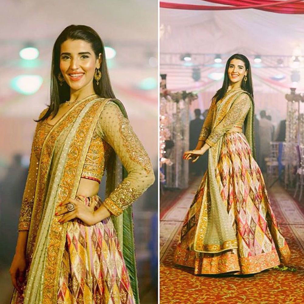 Picture of The beautiful #hareemfarooq spotted in a signature #nomiansari silhouette at a recent #wedding in #karachi