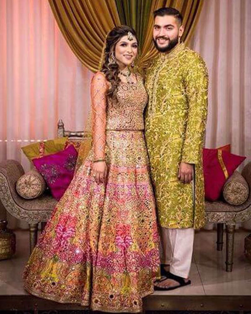 Picture of Ammara and Mubashir look regal in 2 of our most loved, vibrant mehndi outfits